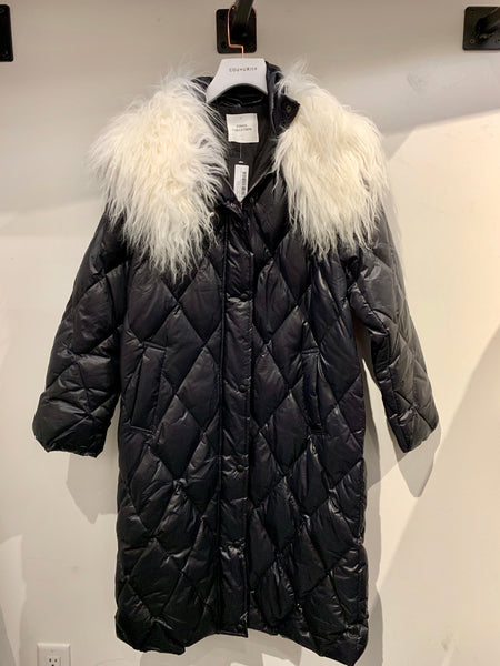 Long Down Jacket with Big Fur Collar