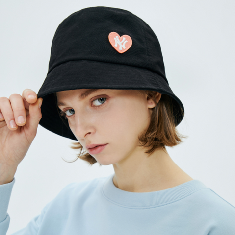 MLB Love Heart Bucket Hat
