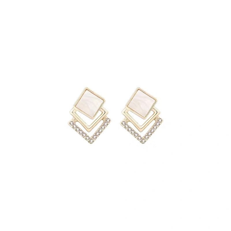 Three-layered Squares Earrings
