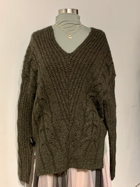 Oversized V-neck Twisted Patterned Sweater