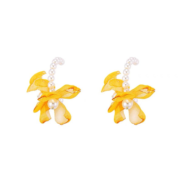 Pearl Hood with Petals Earrings
