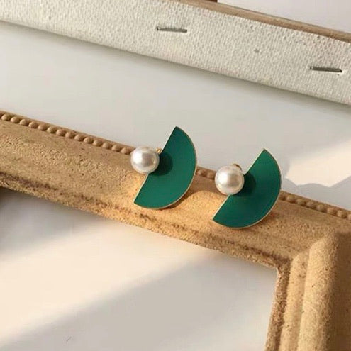 Half Circle with Pearl Earrings