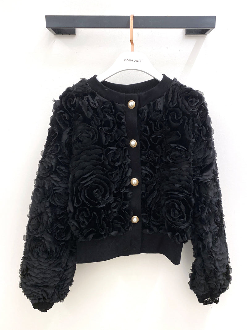Flower Crewneck Jacket with Pearl Buttons