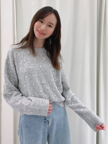 Oversized Pearl Studs Sweater