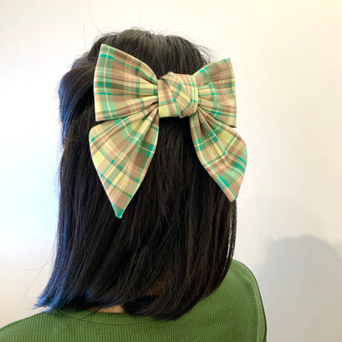Checker Bow Hair Clip