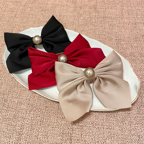 Ribbon Bow with Single Pearl Hair Clip