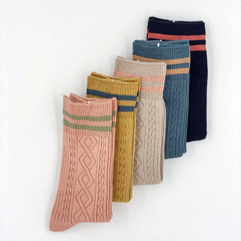 Stripe Pattern Long Socks