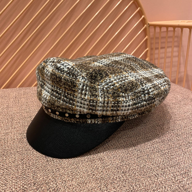 Leather Edge with Studs Tweed Checker Hat