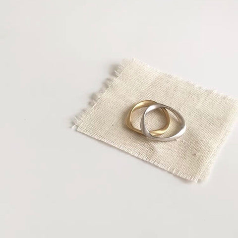 Twist Shape Ring