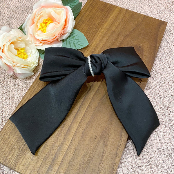 Ribbon with Pearl Chain Bow