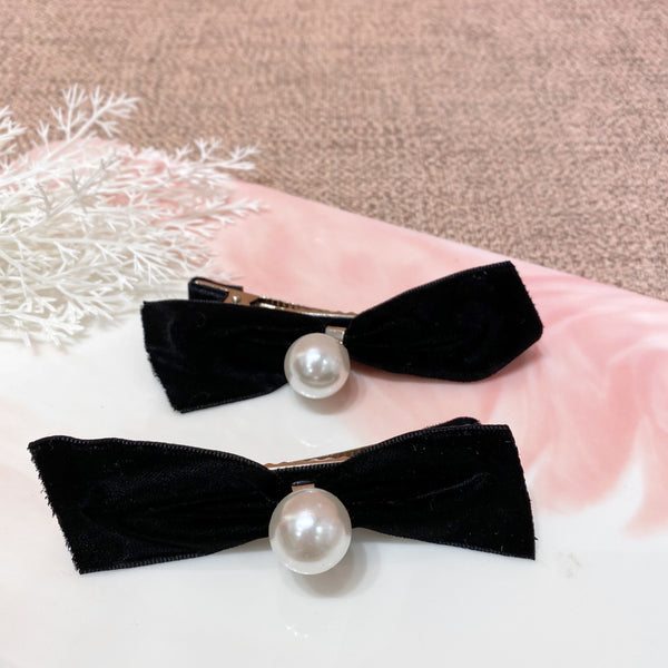 Velvet Bow with Pearl Hair Clip Set