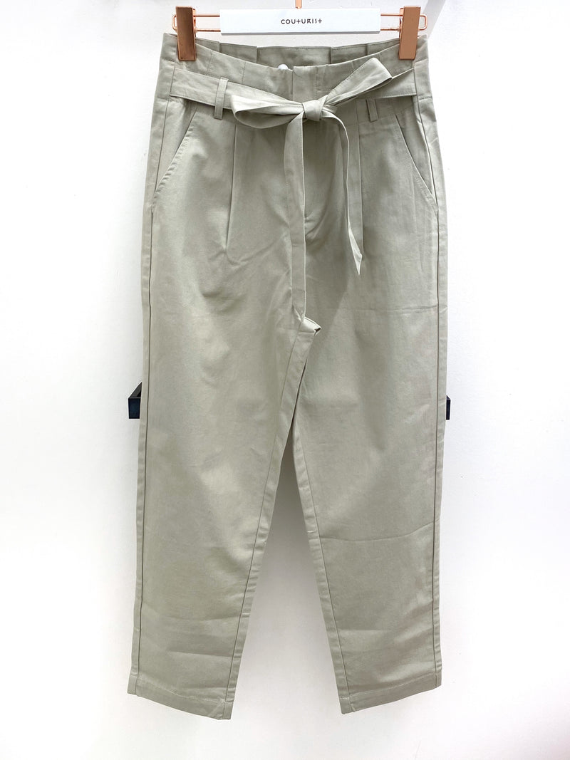 Tie Waisted Paperbag Tapered Pants