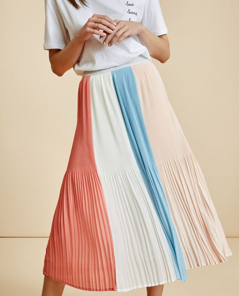 2dba7213f9 be a couturistSubscribe and Enjoy $10 Off Your First Purchase!