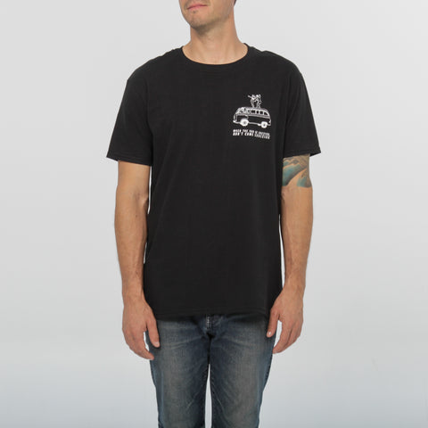 Don't come knocking Tee - Classic Black - by Out of The