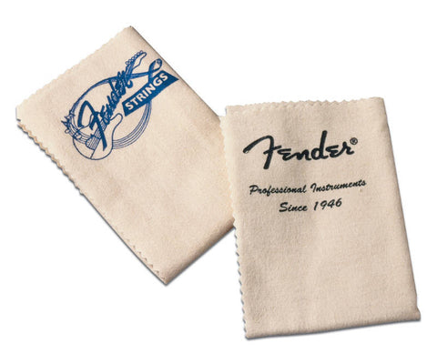 Perfect for buffering your guitar or bass, an official Fender heavy duty polishing cloth