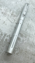 Load image into Gallery viewer, Spoke Pen / Silver Crush