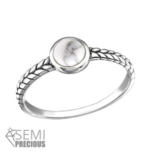 STERLING SILVER WHITE HOWLITE GEMSTONE STONE RING