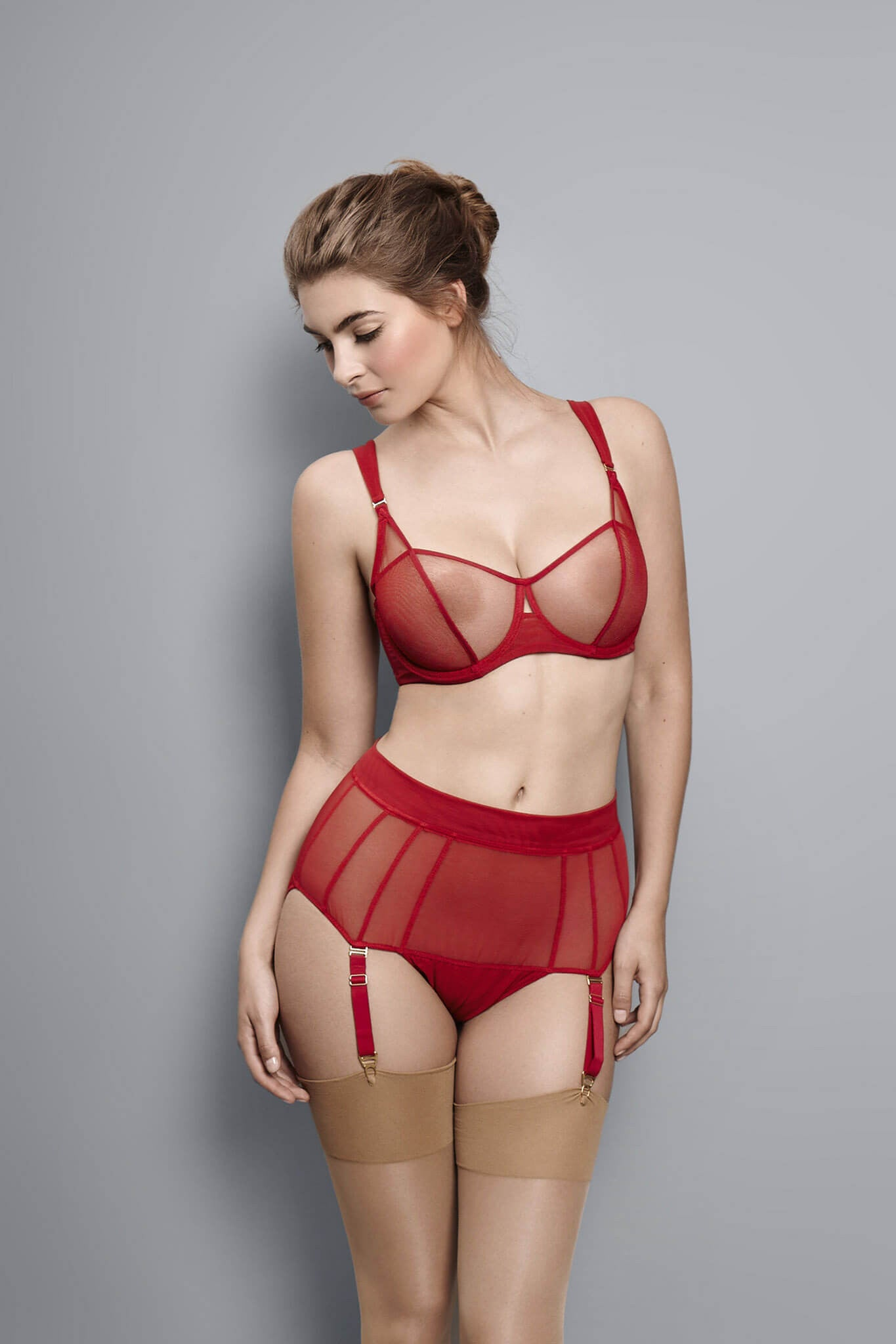 Fran - Scarlet - Short with Suspender
