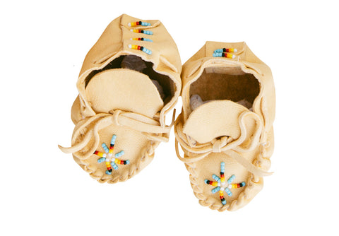 ONE OF A KIND NATIVE AMERICAN-MADE NEWBORN BABY MOCCASINS