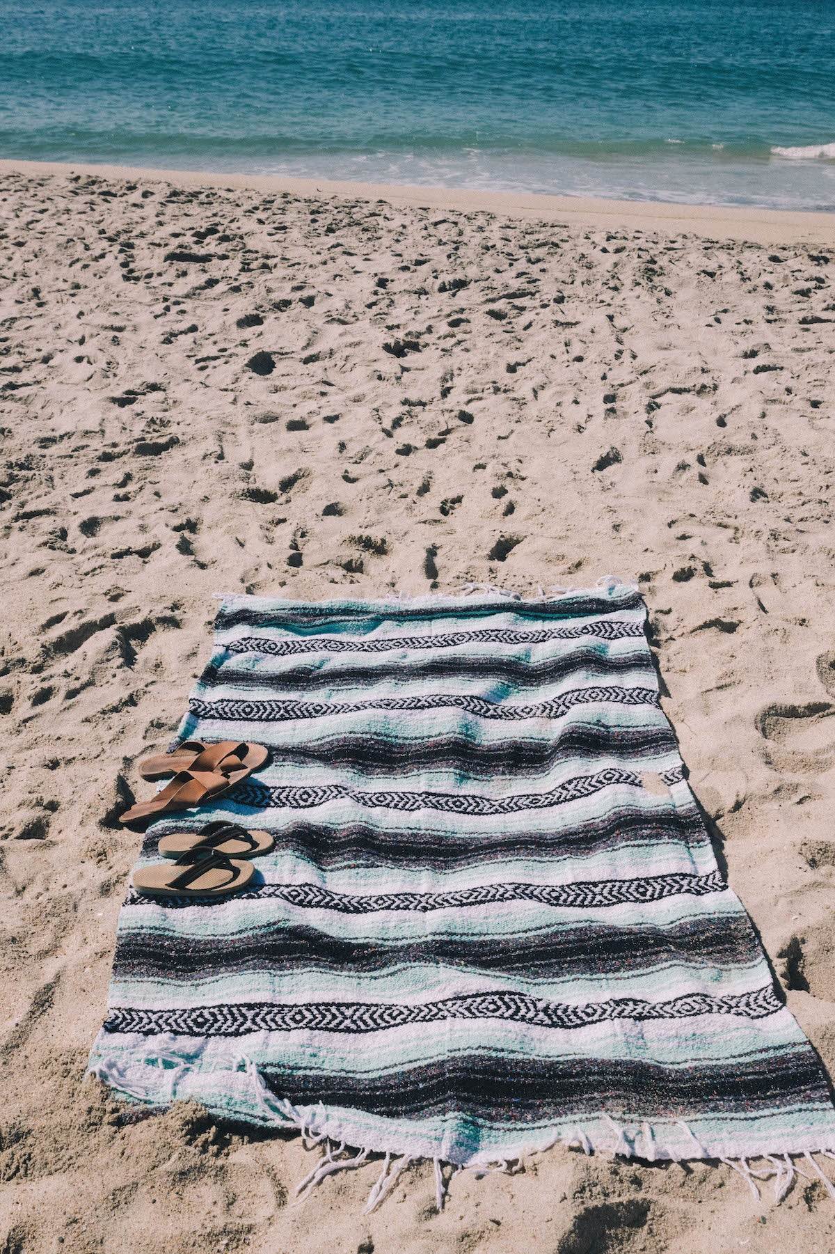 Bolsa Chica Blanket | Pastel Mint, Black & White Mexican Blanket