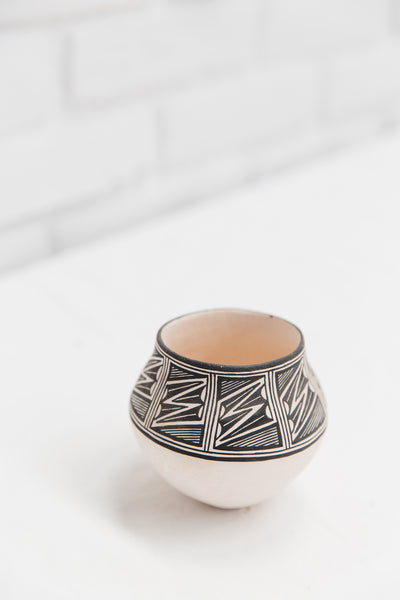 Winter Storm | Authentic Native American Made Acoma Pottery from New Mexico