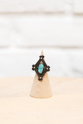 UNIQUE VINTAGE WESTERN STYLE TURQUOISE & SILVER NAVAJO RING