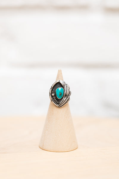 VINTAGE TURQUOISE RING WITH ART DECO FAN DETAIL