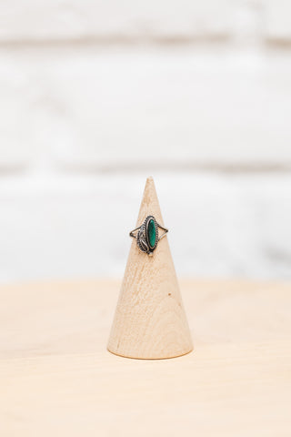 Vintage Native American Green Turquoise + Silver Ring