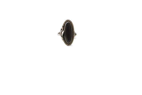 Vintage Black Onyx Ring With Feather Detail