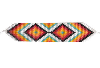 NATIVE AMERICAN MADE BEADED WOVEN BRACELET