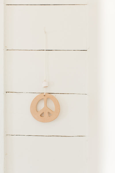 Eloeil Ceramic Hand Painted Peace Sign Pendant