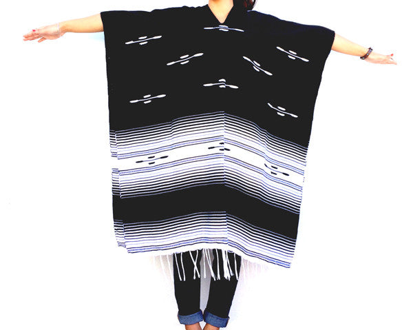THE BANDITO: LIGHTWEIGHT MEXICAN PONCHOS