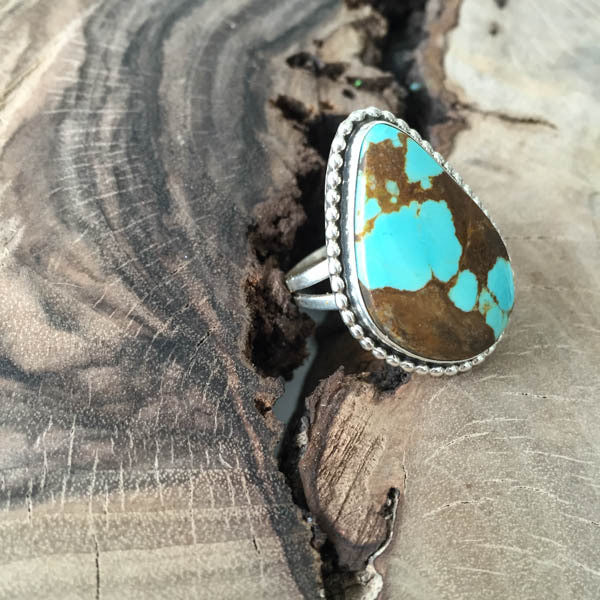 NATIVE AMERICAN NAVAJO MADE LIGHT TURQUOISE & STERLING SILVER RING