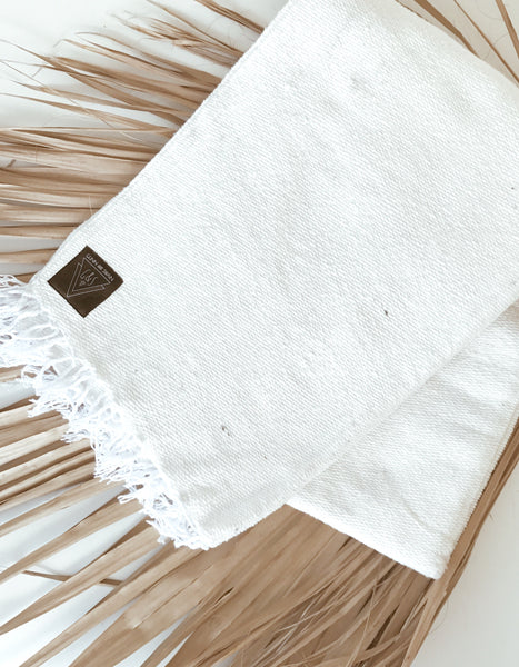 The Maldives: Solid White Heavy Weight Mexican Blanket