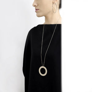 Compas Necklace Satin Silver