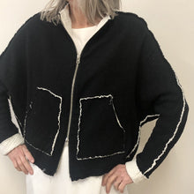 Load image into Gallery viewer, North Jacket in black cotton gauze