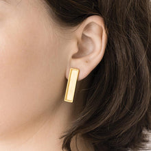 Load image into Gallery viewer, Lan Earrings Gold