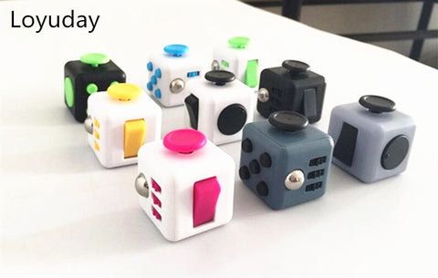 Loyuday Stress cube Toy A Vinyl Desk anti irritability to ease the pressure to focus dice cube box for girl boys  gift