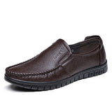 New Handmade Genuine Leather Men Driving Soft Leather Men Moccasins Brand Men casual shoes Loafers Slip On Shoe