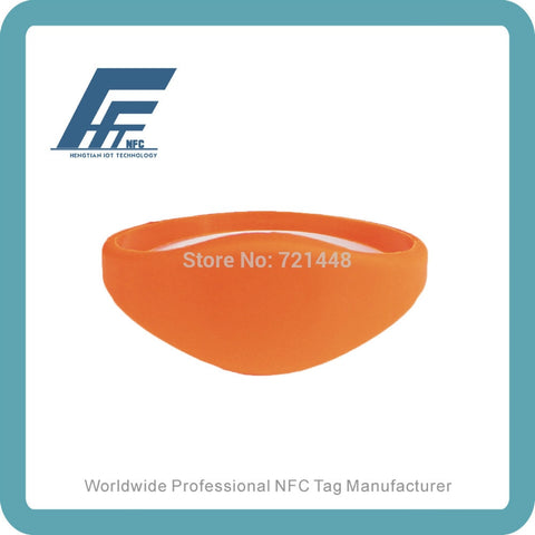 100pcs NFC Silicone Wristband Tag NTAG213 Orange Silicone Wristband Fits Female adults Dia65mm