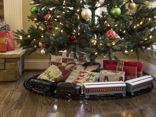 Electric Trains  Christmas Train Store featuring Lionel Trains