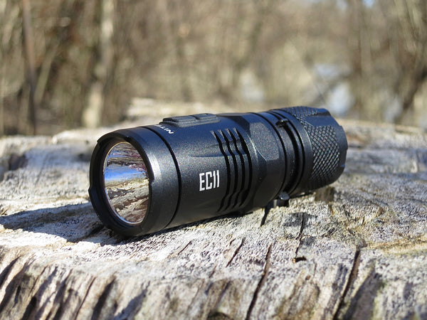 Nitecore EC11 Cree XM-L2 900 Lumen LED with Red LED Light - 1 x CR123A