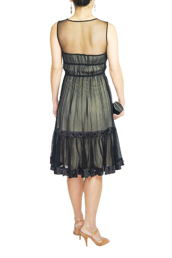 Foravi Black Dress with Sweetheart Neckline and Flared Skirt