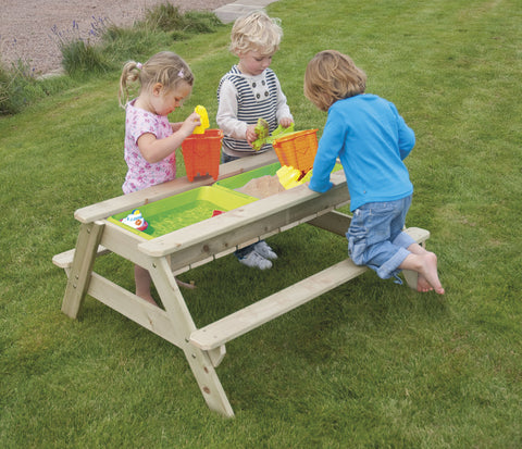 Wooden Picnic Sand and Water Table