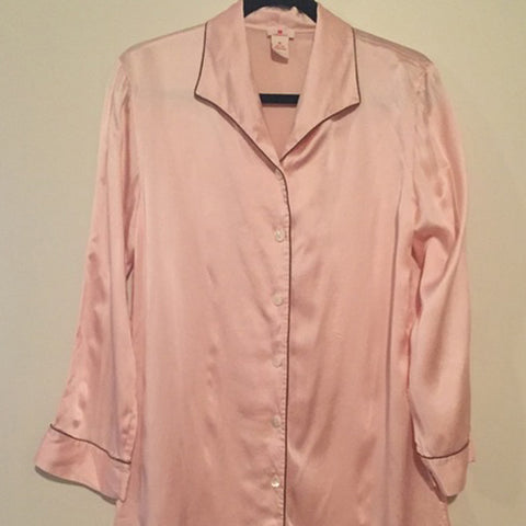 Red Envelope Pink Silk Womens Pajamas SALE - Never worn - Size Medium