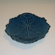 Sud and Co Teal Colored Leaf Shape Plate