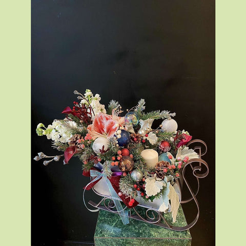 Christmas Sleigh - NE Flower Boutique