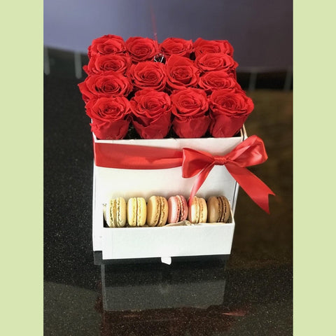 Roses and Macaroons