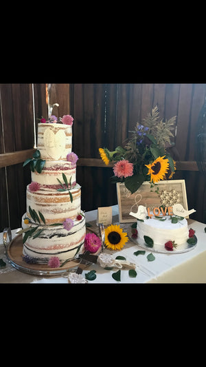 4 layer wedding cake and 10inch round cassata cake with rum.