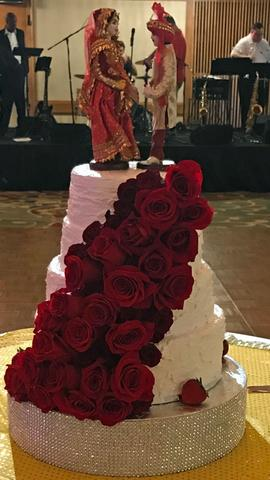 Unique and Memorable Wedding Cakes